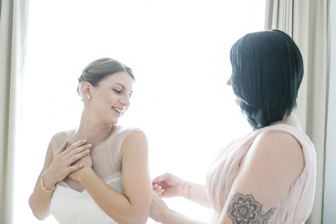dieElfe_Hochzeitsfotograf_Baden_zwei_Brauete_two_girls_wedding-21