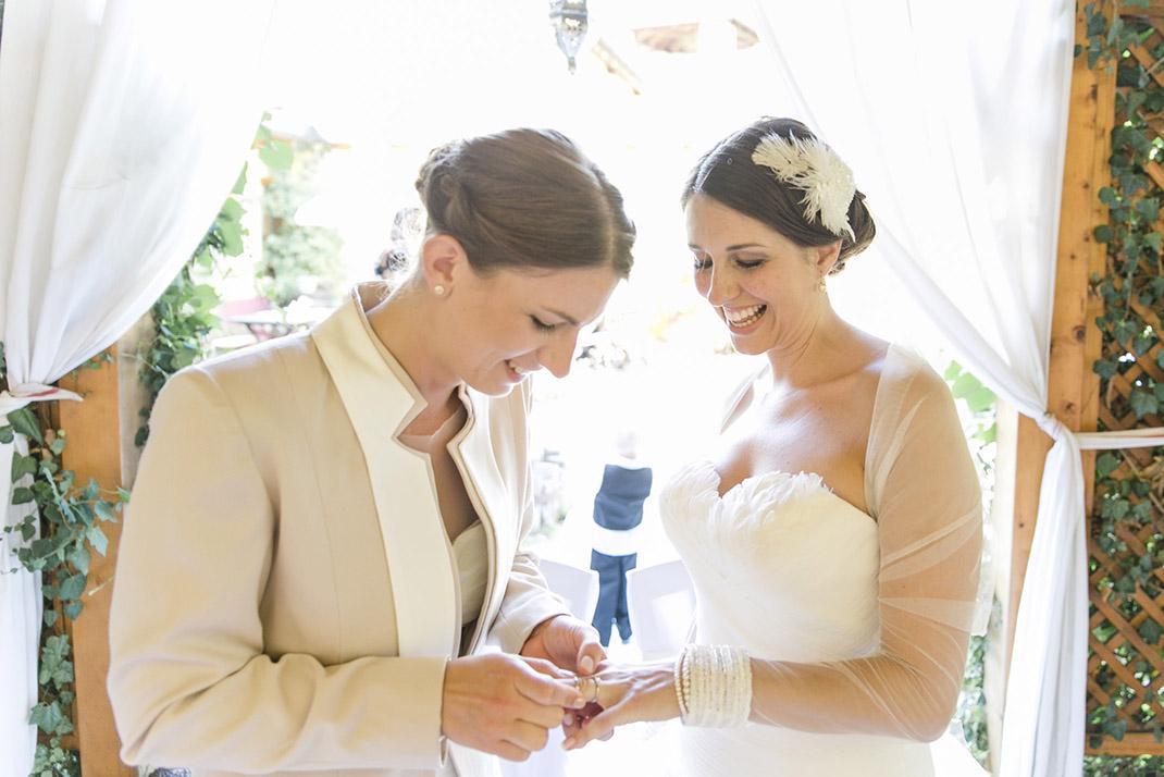 dieElfe_Hochzeitsfotograf_Baden_zwei_Brauete_two_girls_wedding-69
