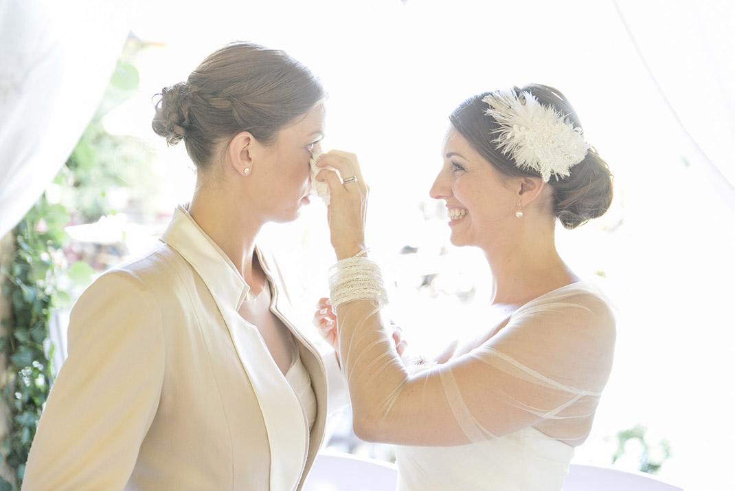 dieElfe_Hochzeitsfotograf_Baden_zwei_Brauete_two_girls_wedding-71