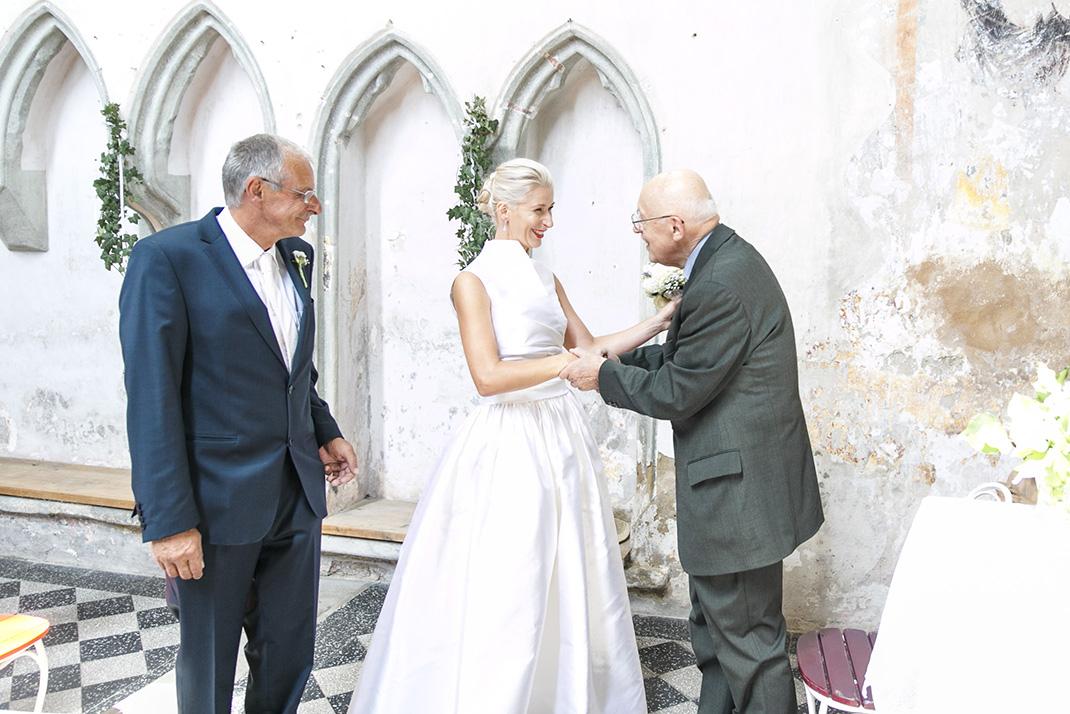 www.dieElfe.com_Hochzeitsfotograf_Gut_Oberstockstall_wedding_photography-24