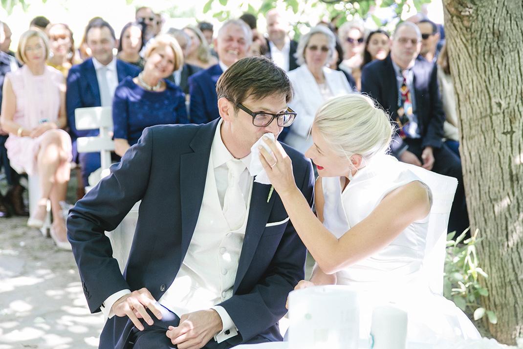 www.dieElfe.com_Hochzeitsfotograf_Gut_Oberstockstall_wedding_photography-55