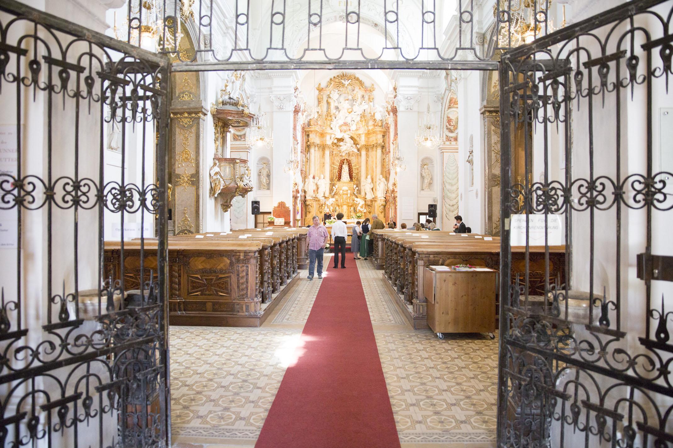 www.dieElfe.com_Hochzeitsfotograf_Schloss_Laudon_Kirche_Maria_Brunn_wedding_photography-19