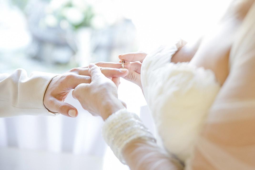 dieElfe_Hochzeitsfotograf_Baden_zwei_Brauete_two_girls_wedding-65