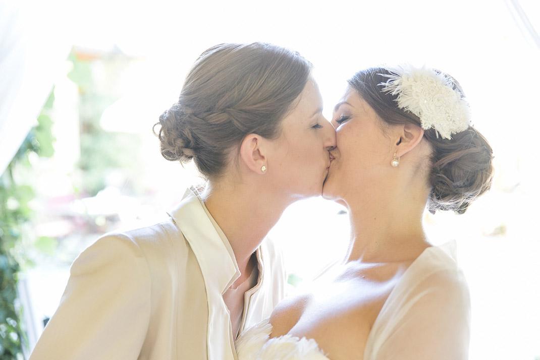 dieElfe_Hochzeitsfotograf_Baden_zwei_Brauete_two_girls_wedding-70