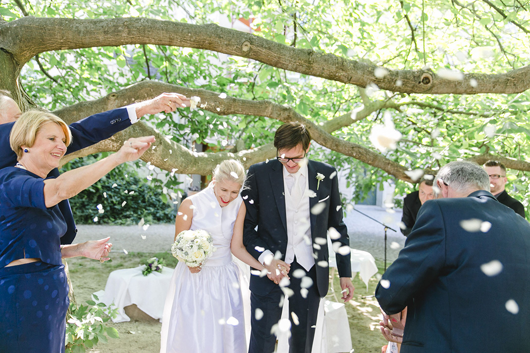 www.dieElfe.com_Hochzeitsfotograf_Gut_Oberstockstall_wedding_photography-61