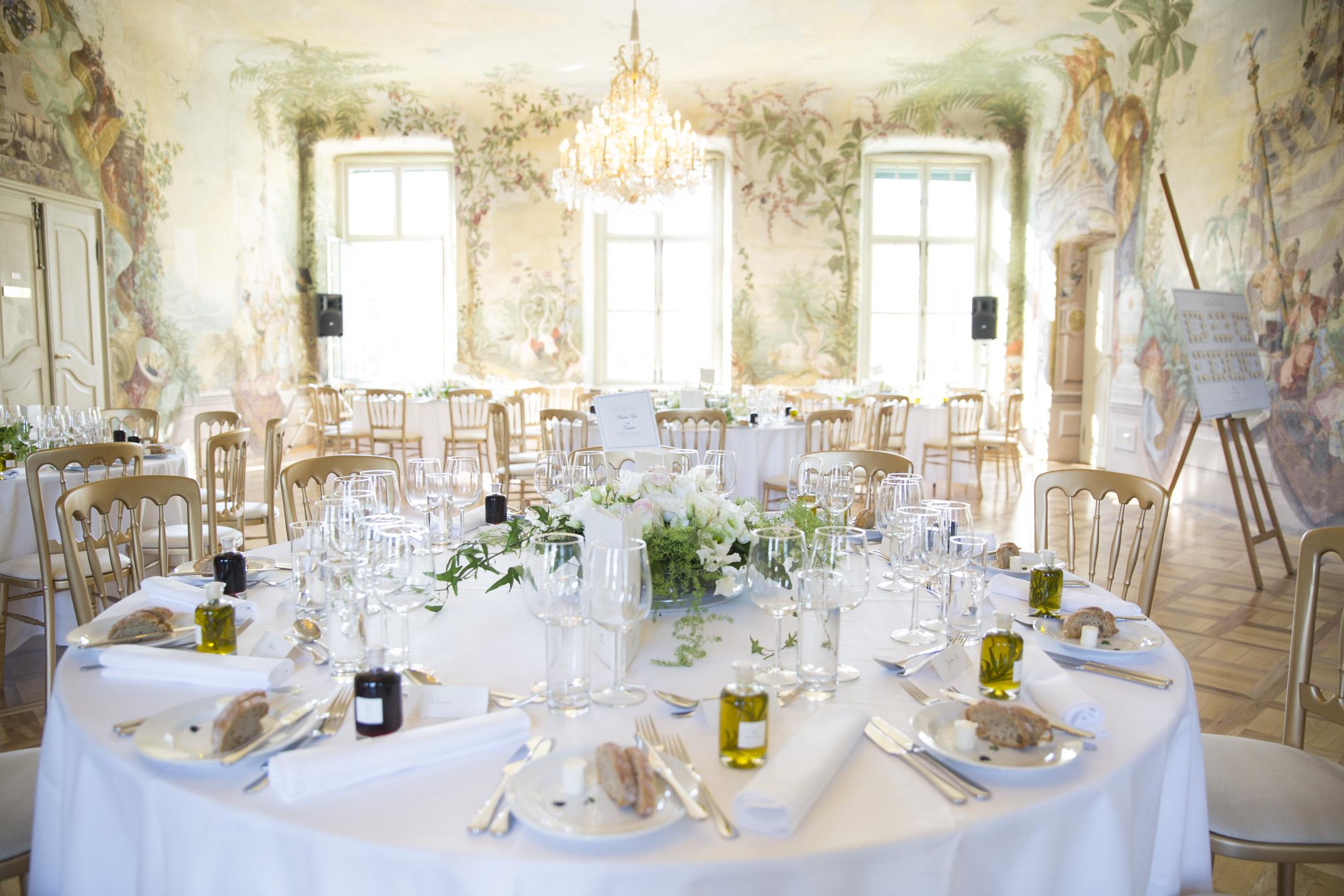 www.dieElfe.com_Hochzeitsfotograf_Schloss_Laudon_Kirche_Maria_Brunn_wedding_photography-65